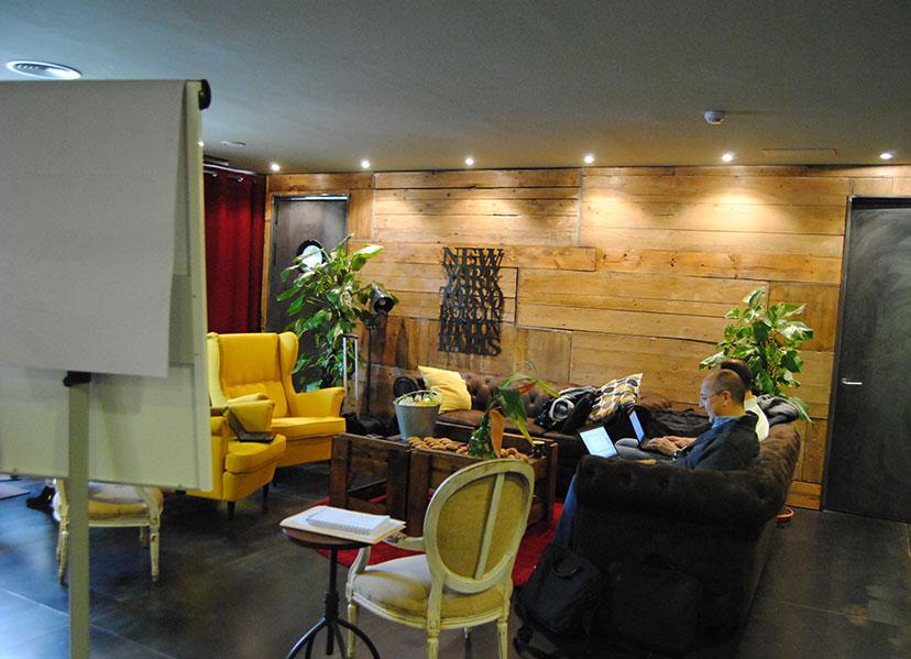 sala para eventos de empresa en barcelona poblenou Learning Lab Valkiria Hub